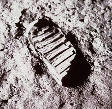 apollo_11_footprint.jpg