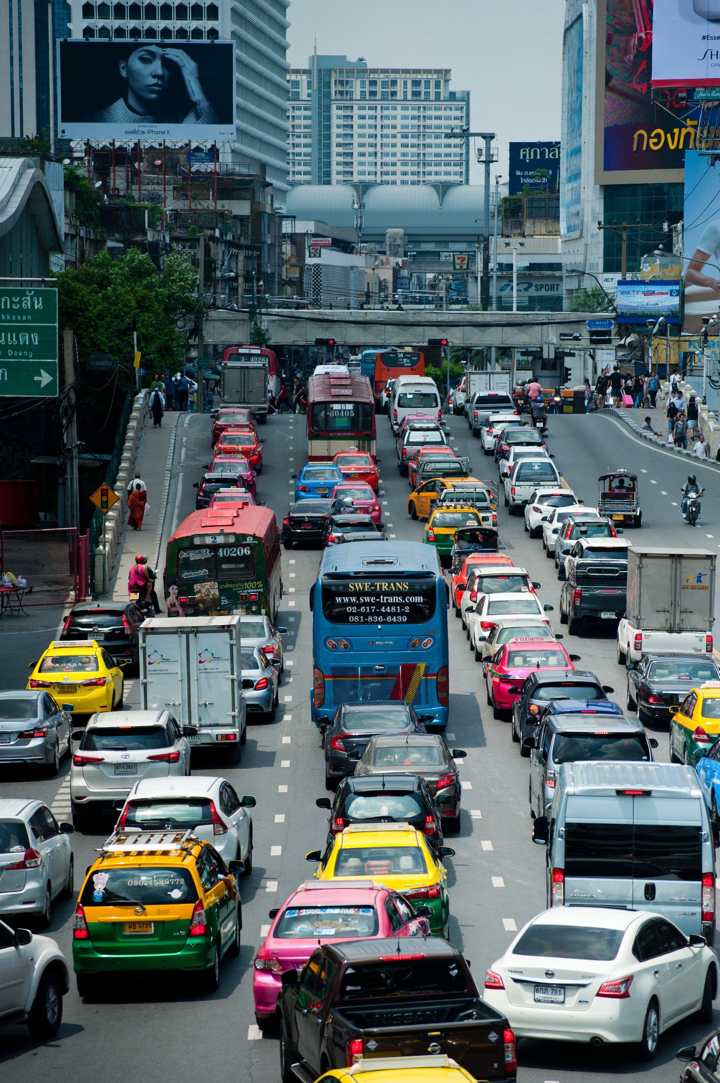 action-bangkok-business-1031698 (1).jpg