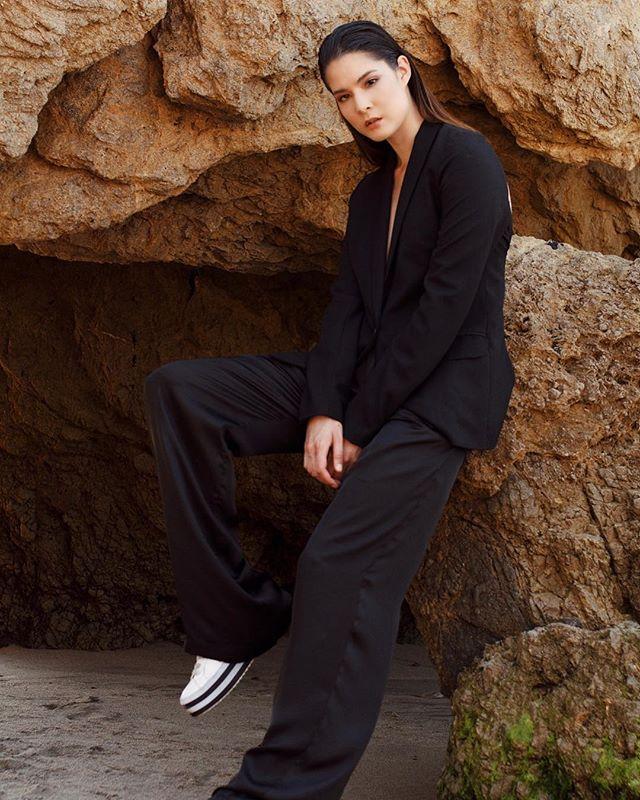 Beach Business 🌊 #kheirsannai #modelbehavior #dope #womensfashion #womensempowerment #fashion #beauty #style #wwd #makeup #hair #facebeat #instastyle #women #chic #malibu #dopeaf #papermagazine #vogue #nylon #blazer #suit #slay