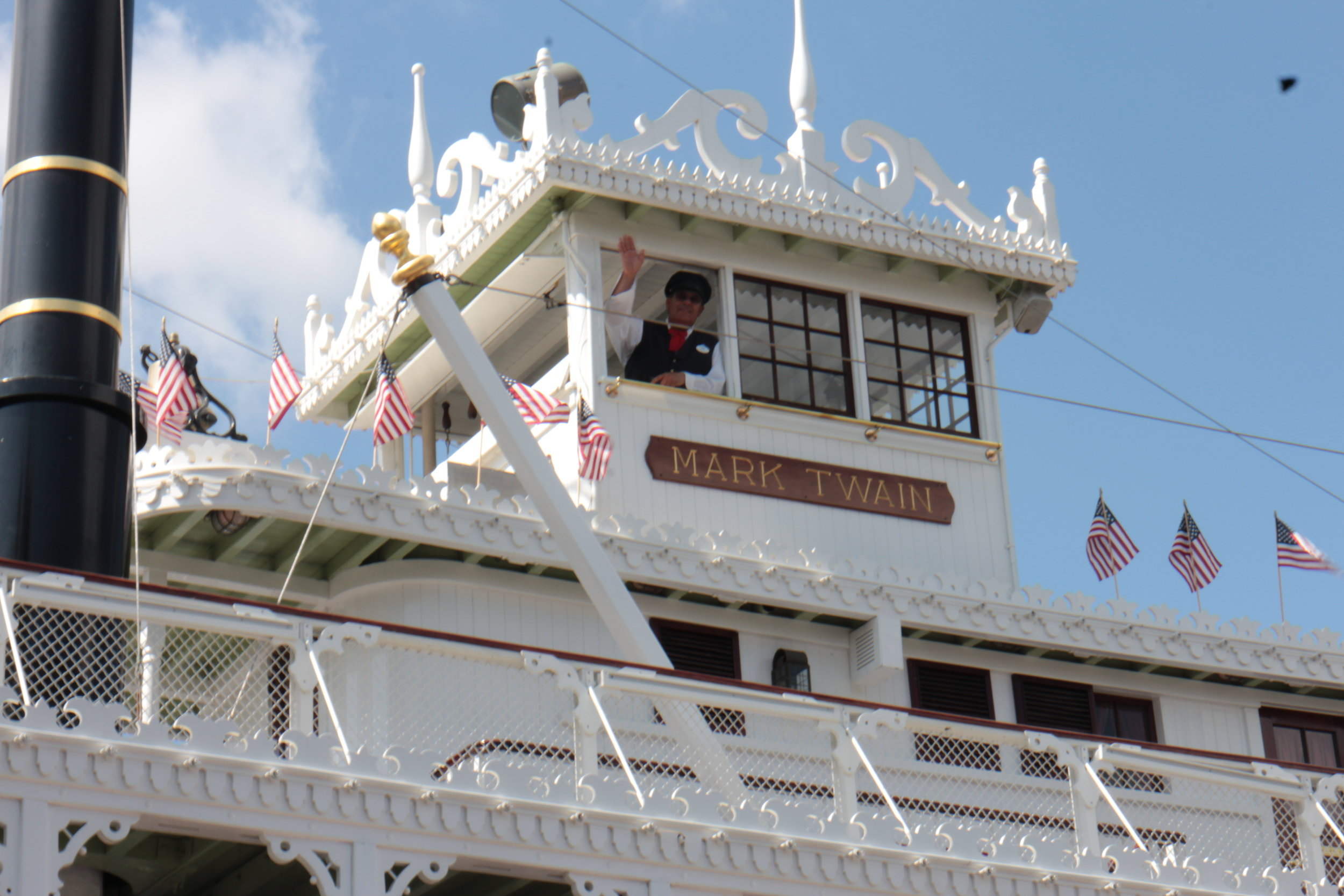 mark twain riverboat captain