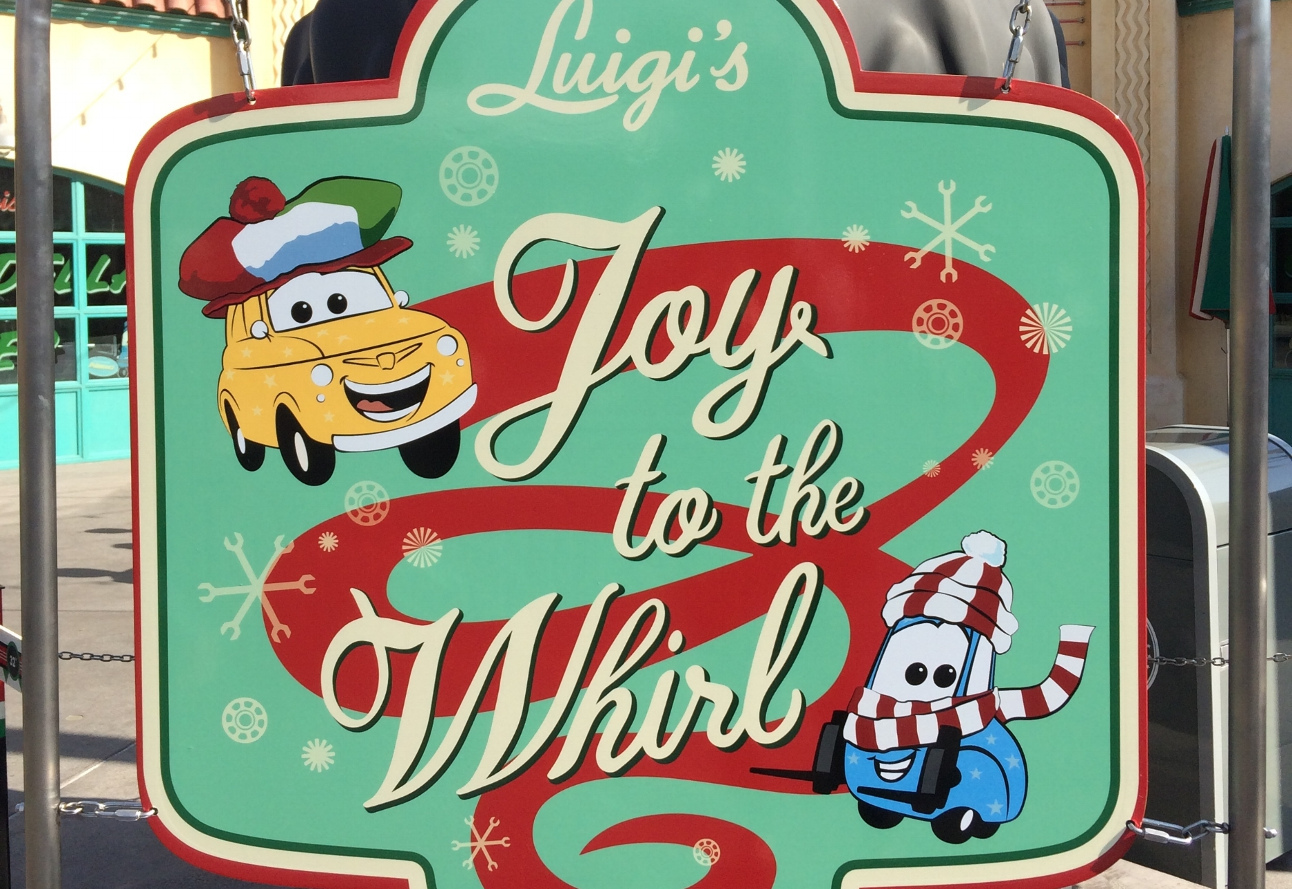 luigis joy to the whirl cars land holiday