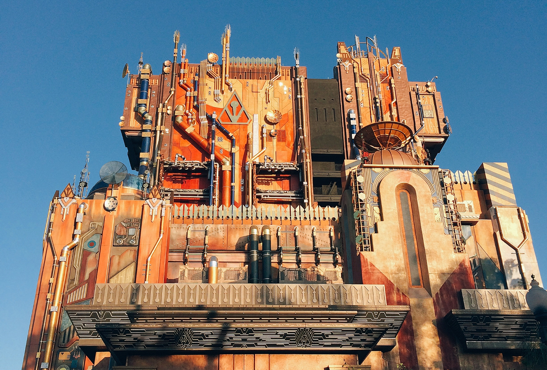 tower of terror guardians of the galaxy mission breakout