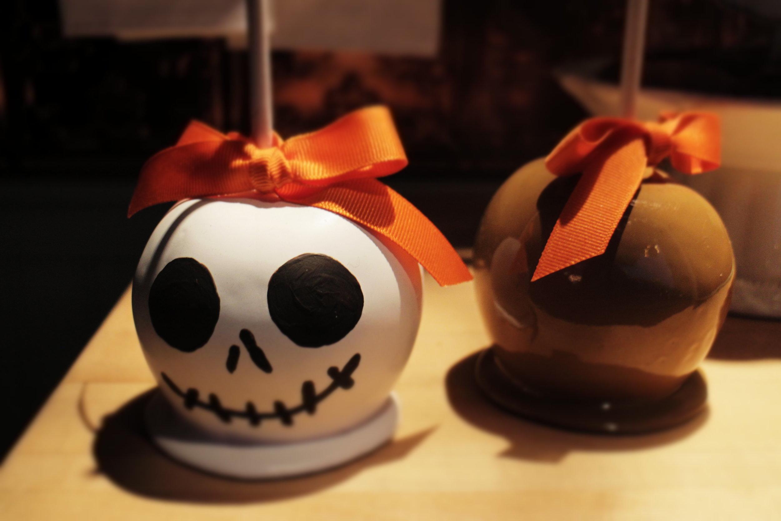 disneyland halloween time jack skellington candy apple