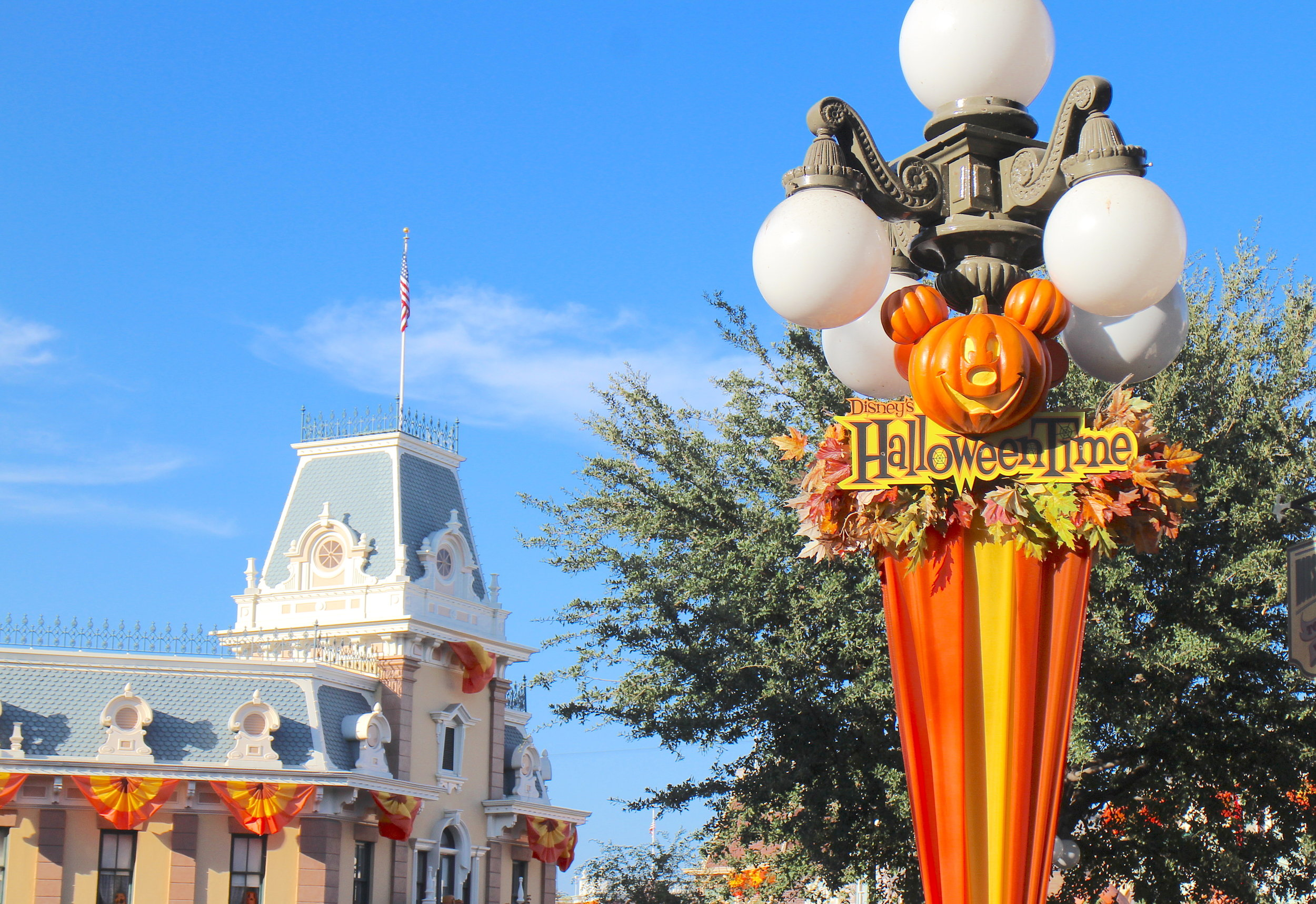 HalloweenTime_Main_Street