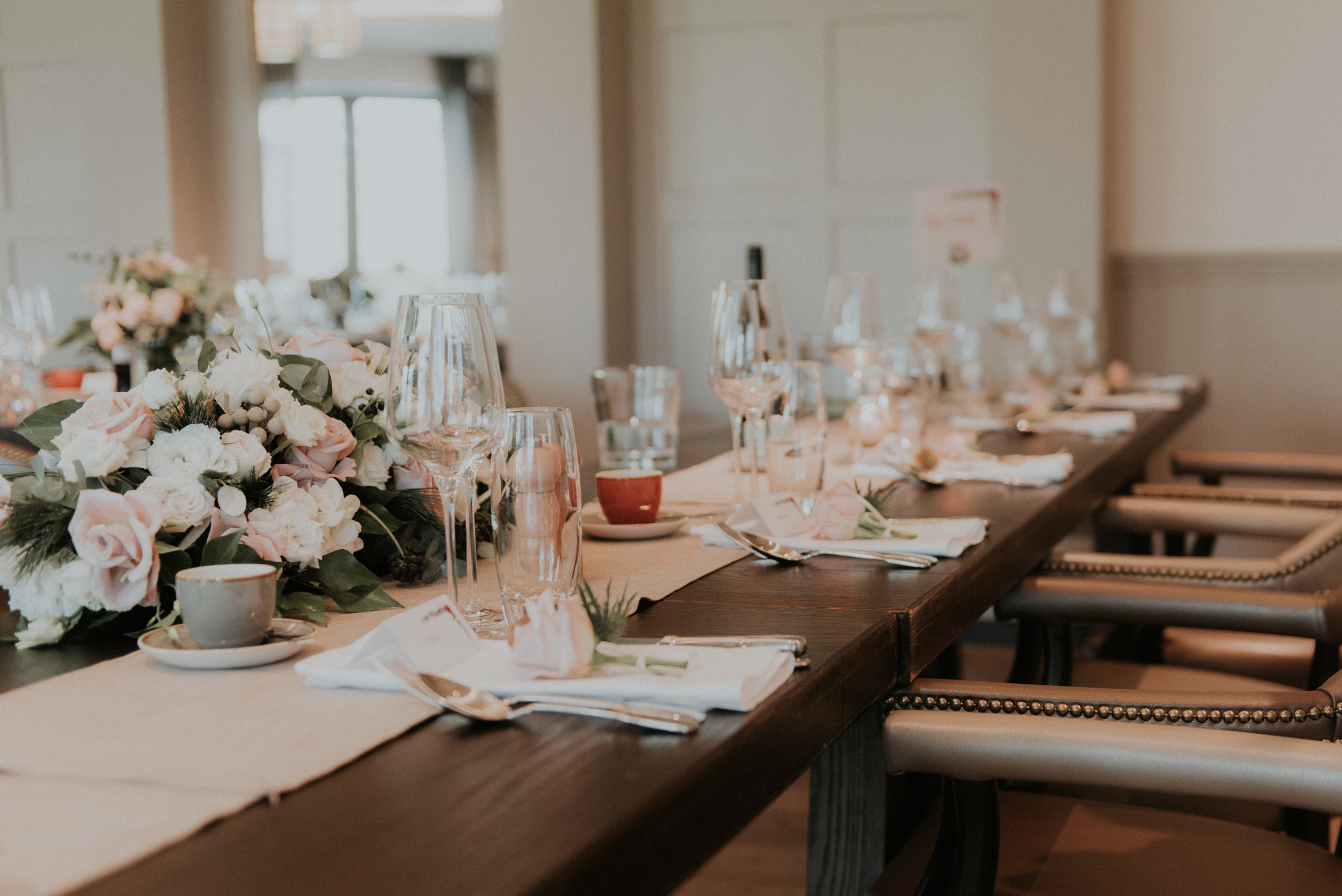 ...Shelley was able to sneak inside to grab some shots before the guests sat down to eat at The Great House in Sonning.
