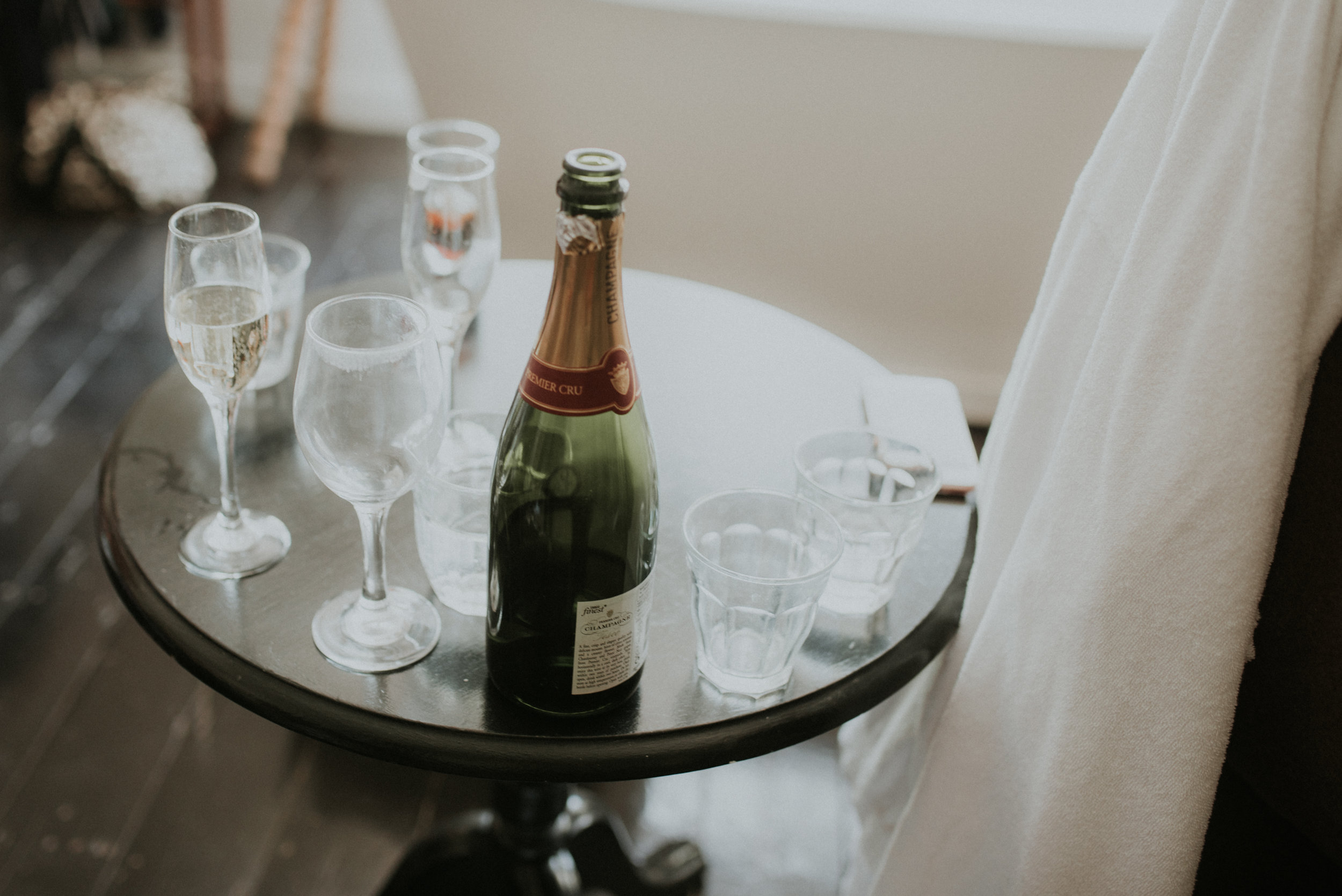 Fizz while getting ready to marry