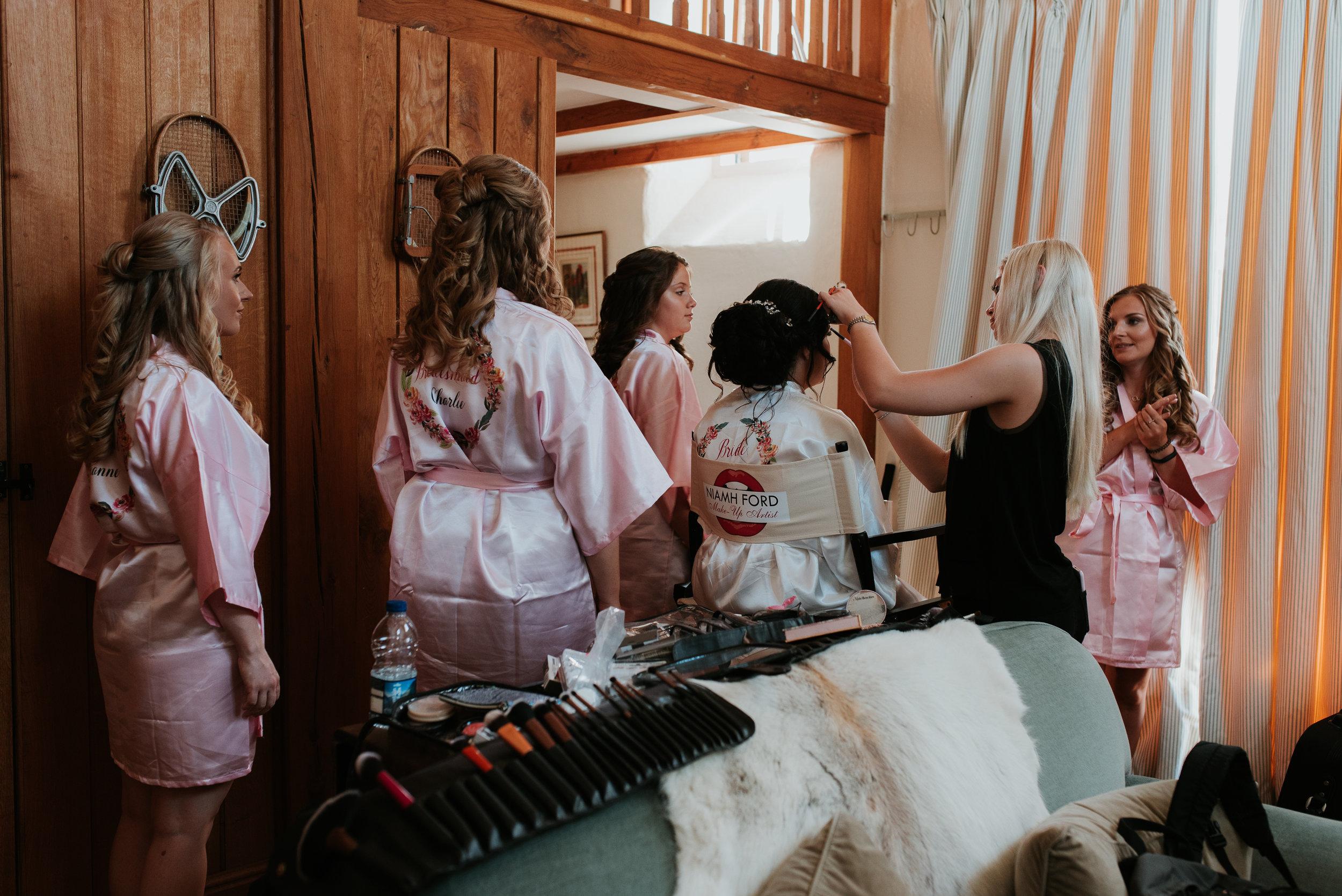 Oxfordshire-wedding-photographer-20.jpg