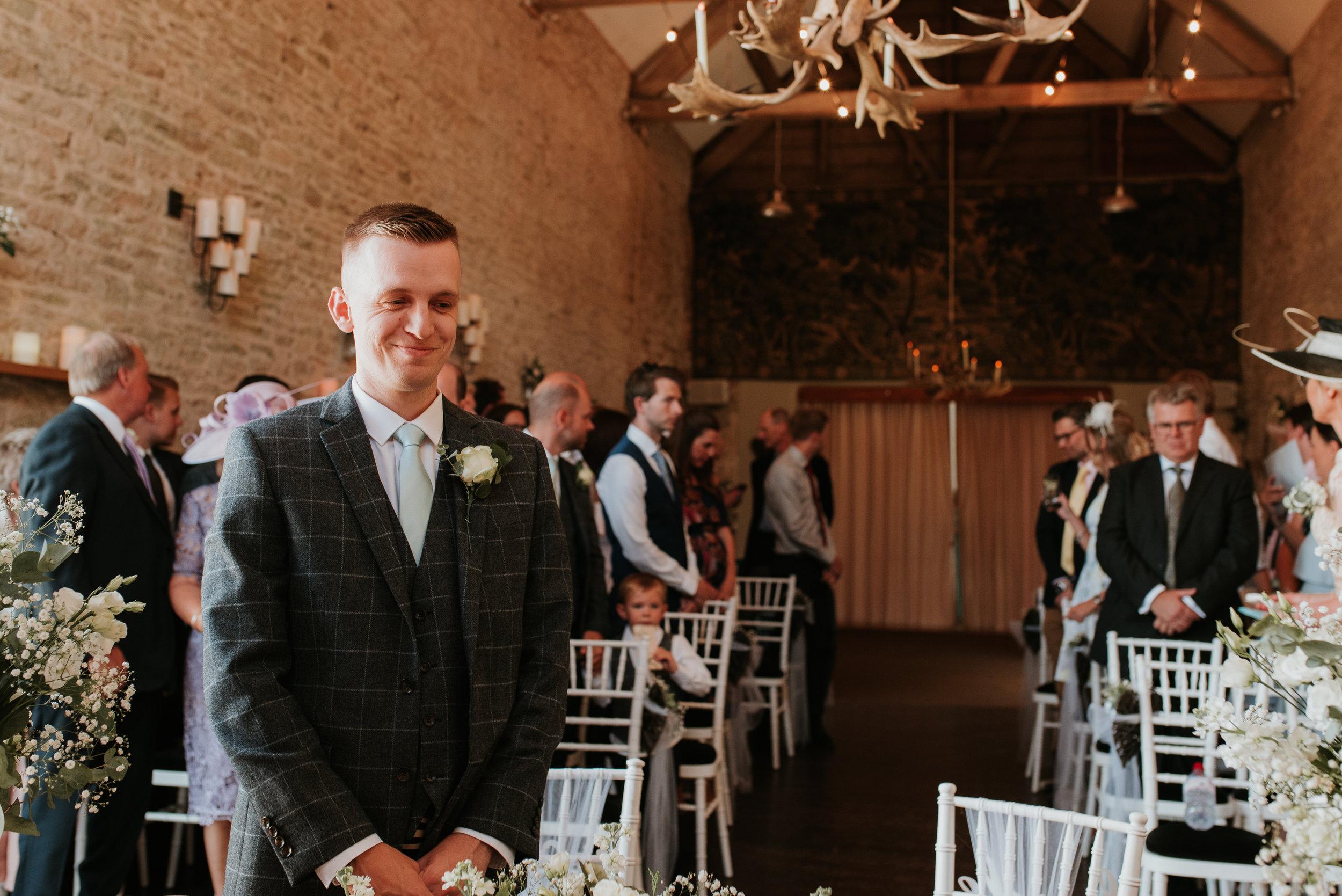 Oxfordshire-wedding-photographer-31.jpg