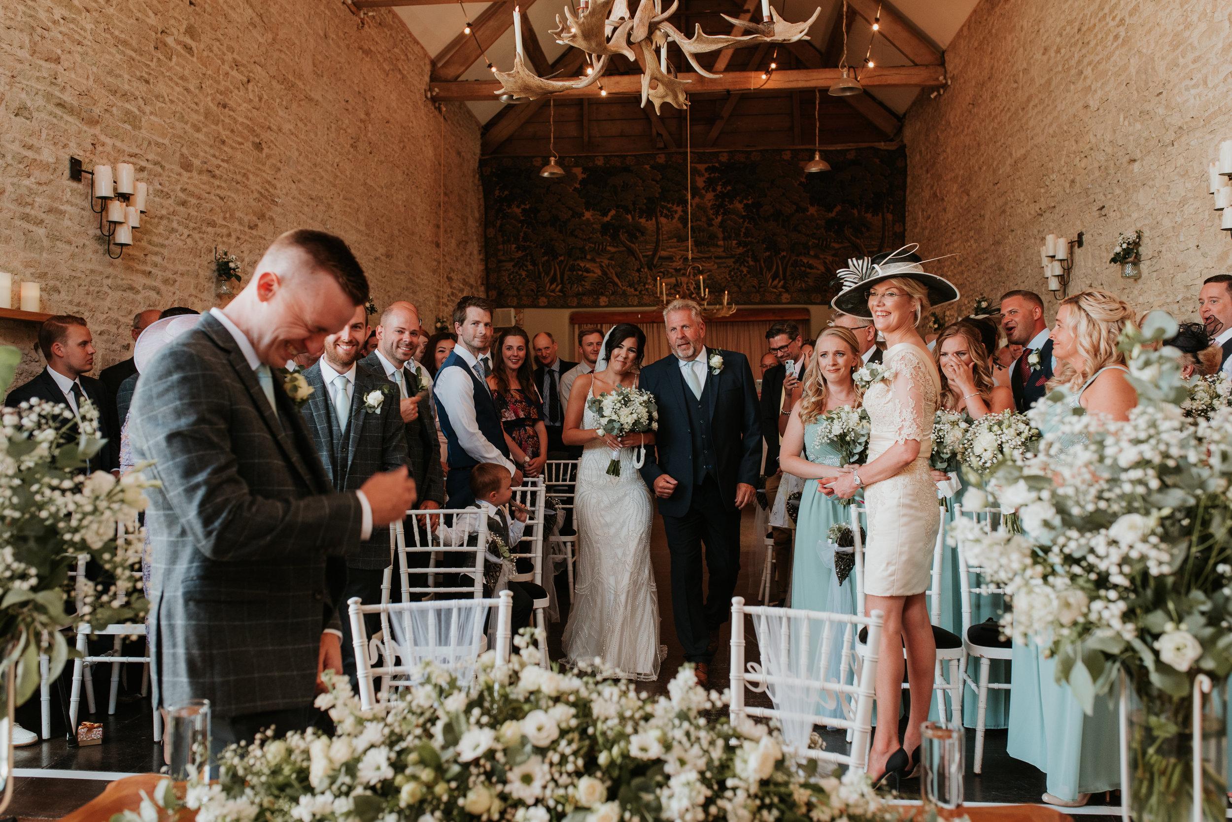 Oxfordshire-wedding-photographer-33.jpg