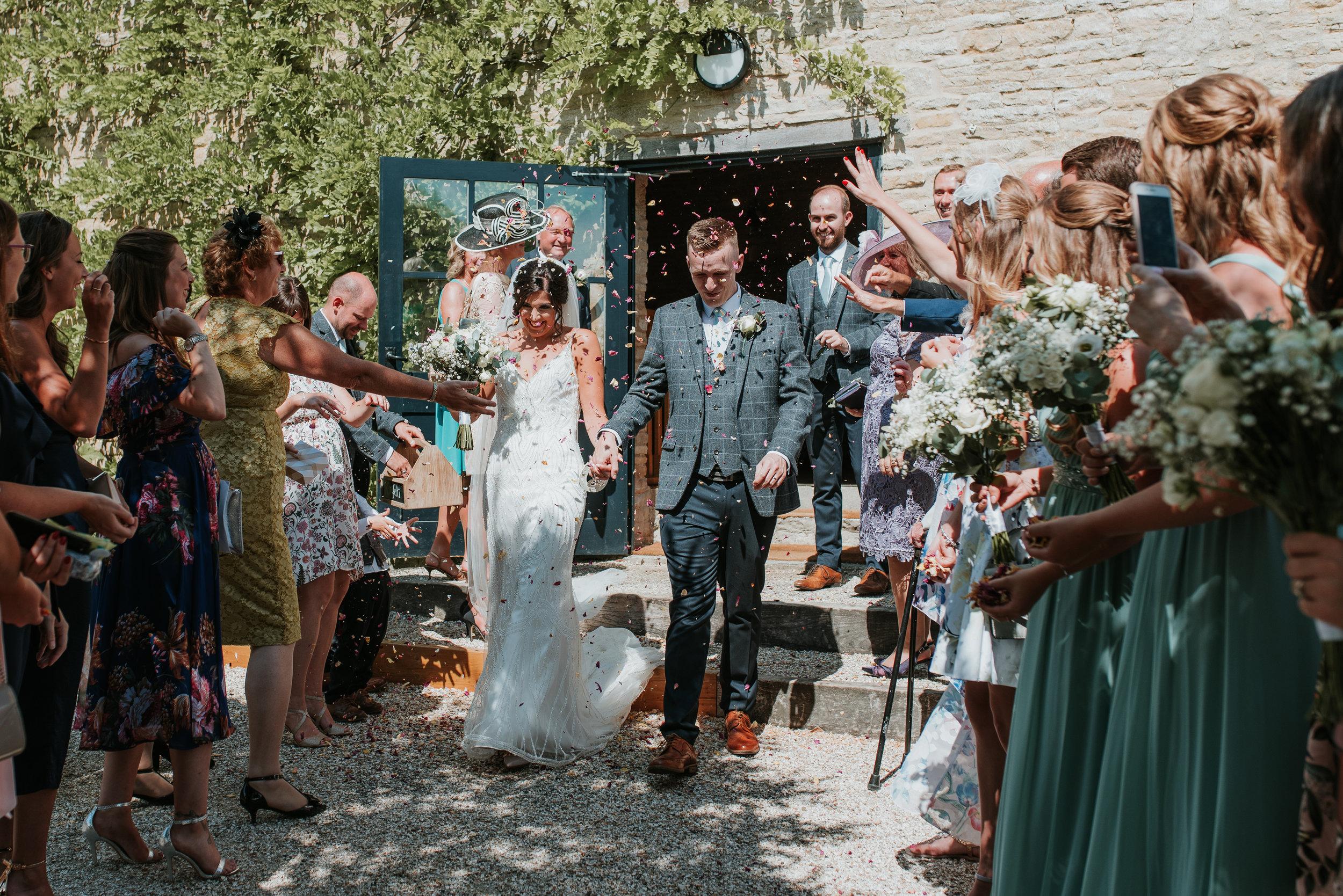 Oxfordshire-wedding-photographer-43.jpg