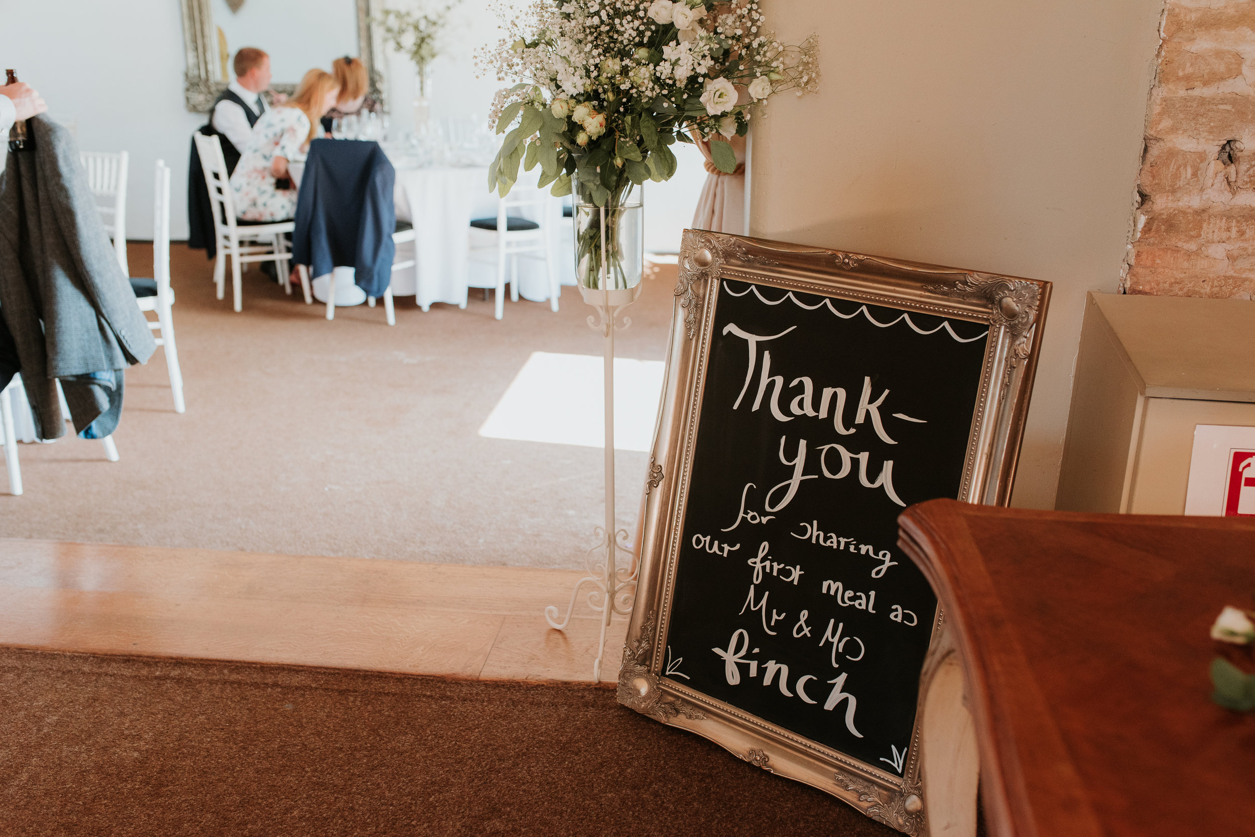 Oxfordshire-wedding-photographer-60.jpg