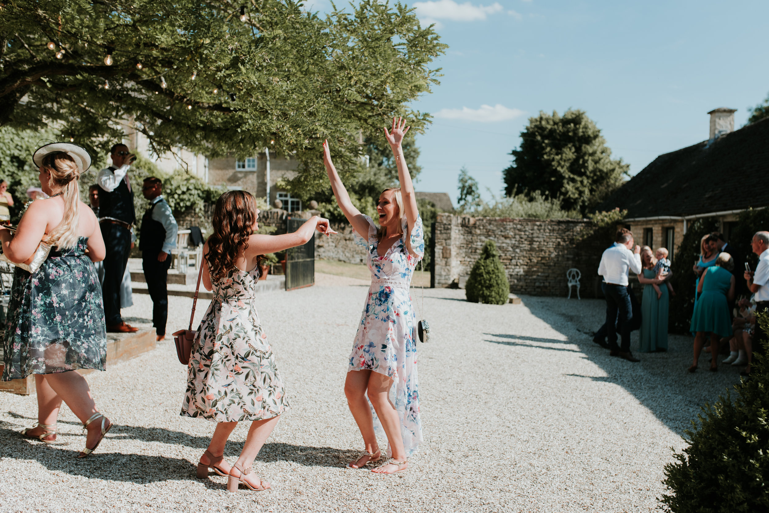 dancing wedding guests Oxford