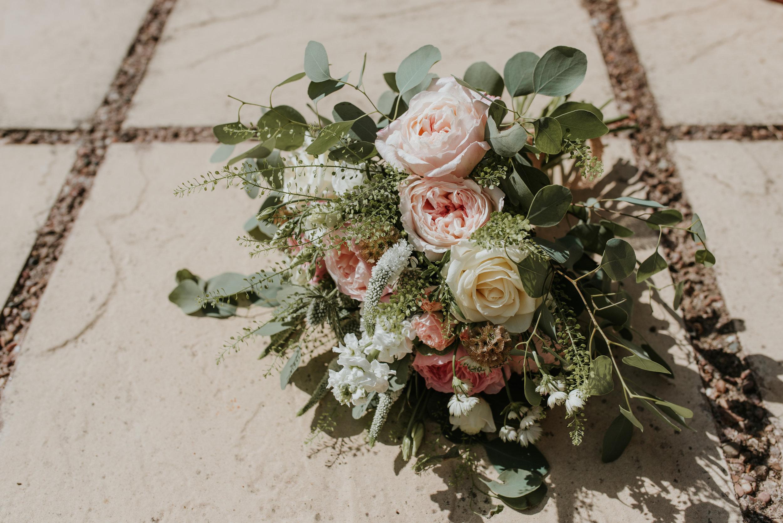 wedding bouquet Lains Barn
