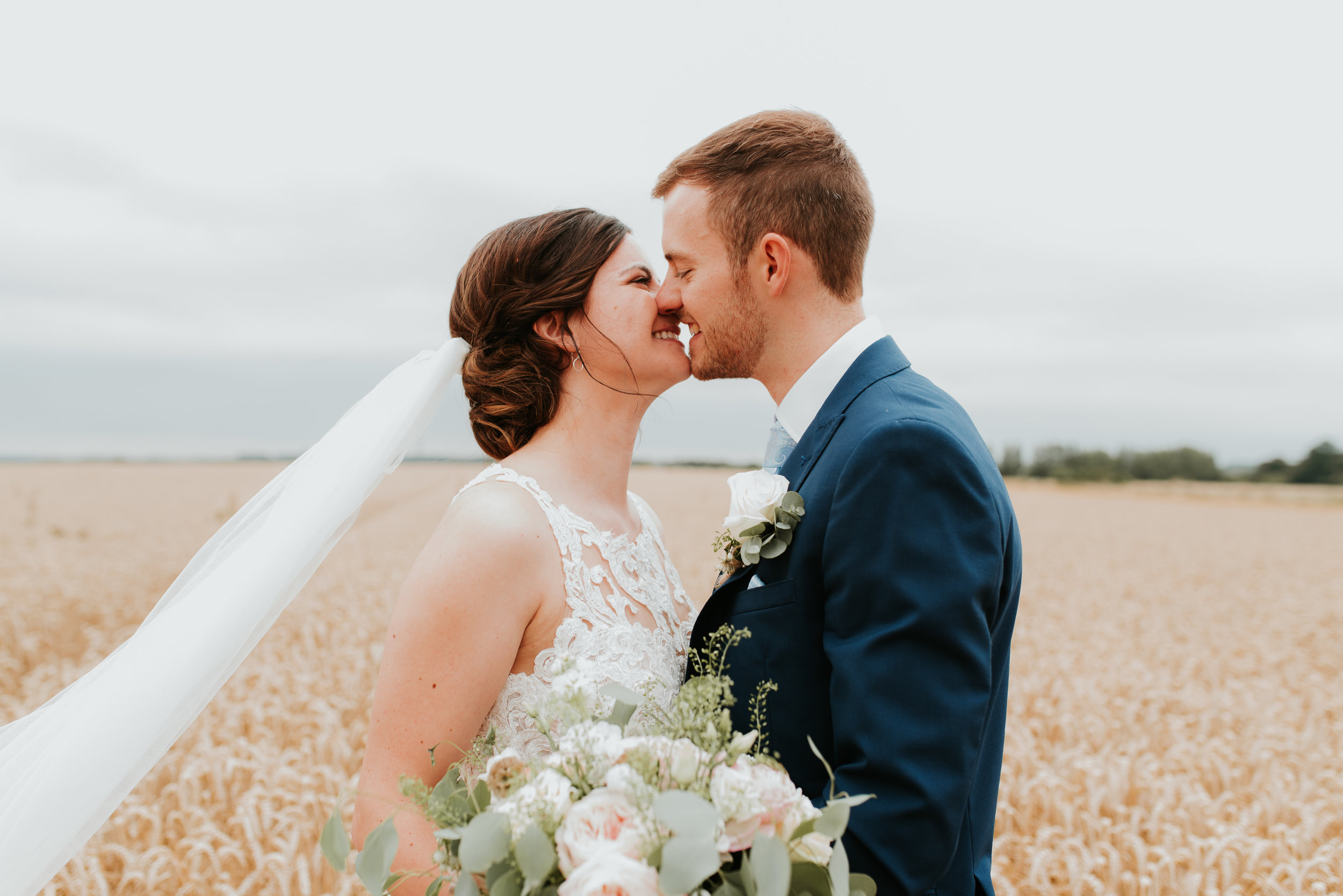 Oxfordshire-wedding-photographer-1.jpg