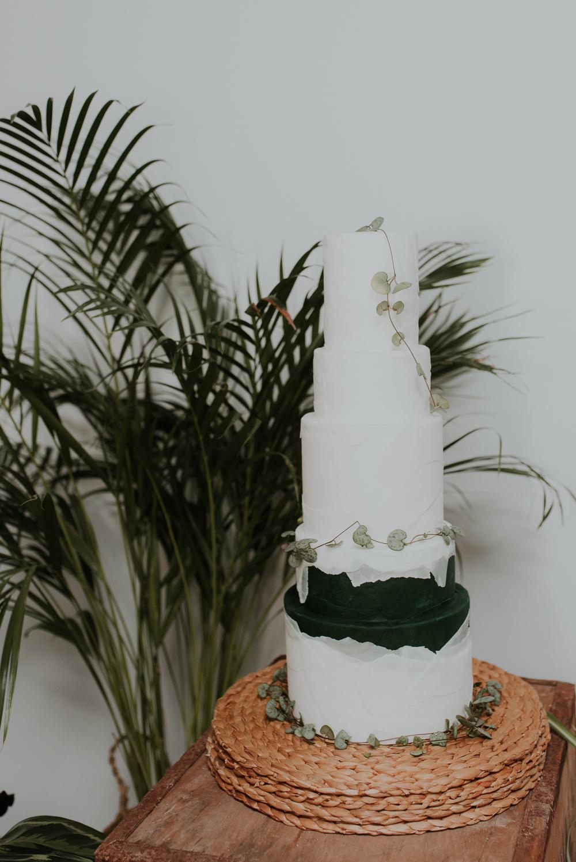Tiny Sarah's wedding cake