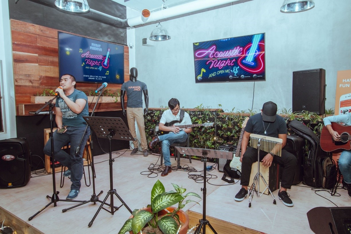Acoustic and Open Mic Night, 17 January 2019