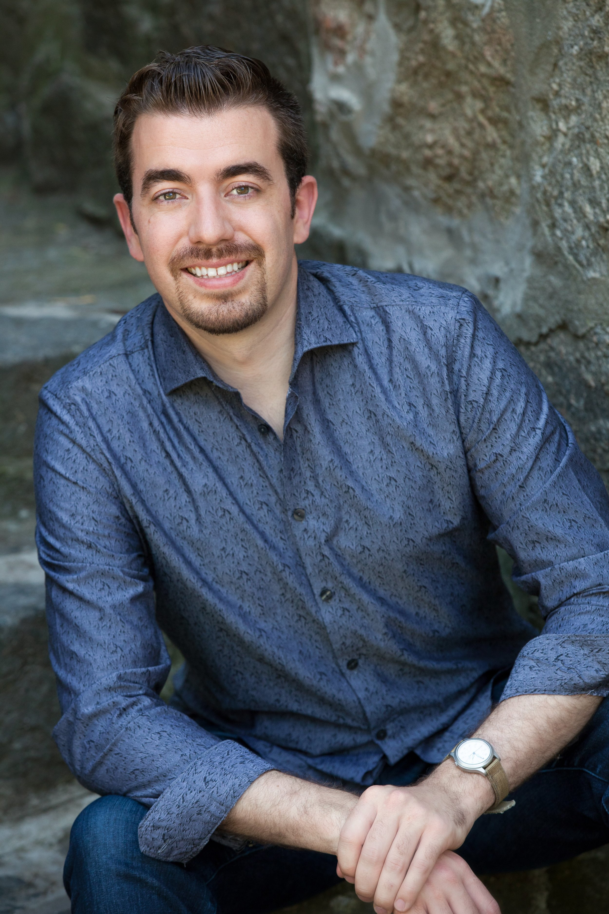 Christopher Koelzer , pianist/coach  Summer 2017