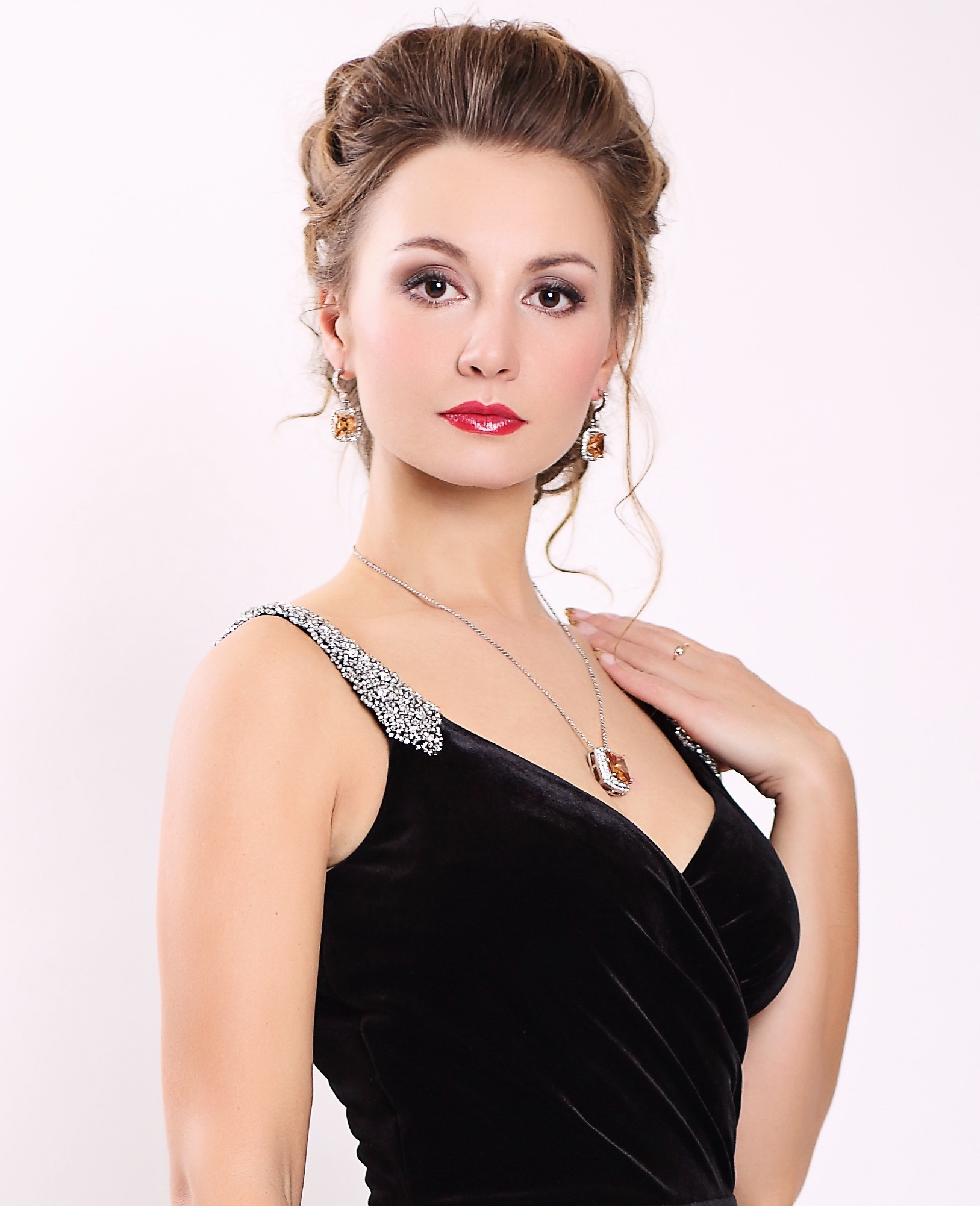 Yulia Petrachuk , soprano  Summer 2017