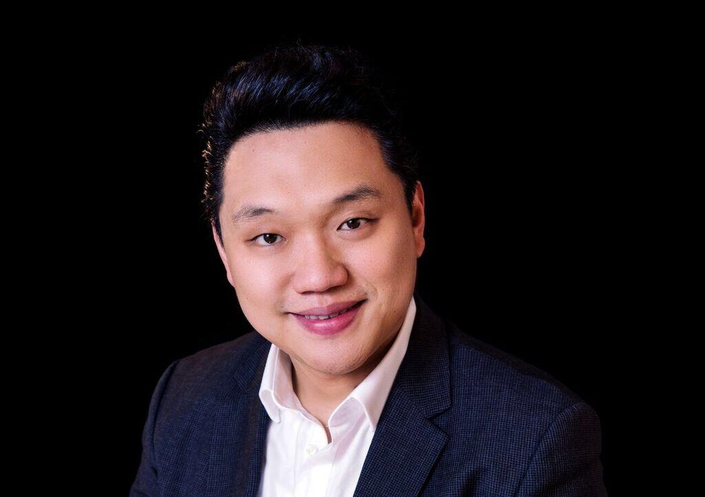 Yi Li , tenor  December 2017