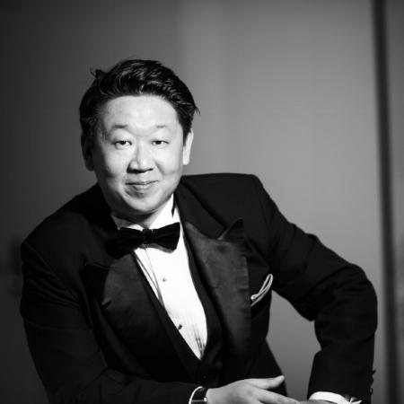 Wei Wu, bass  China