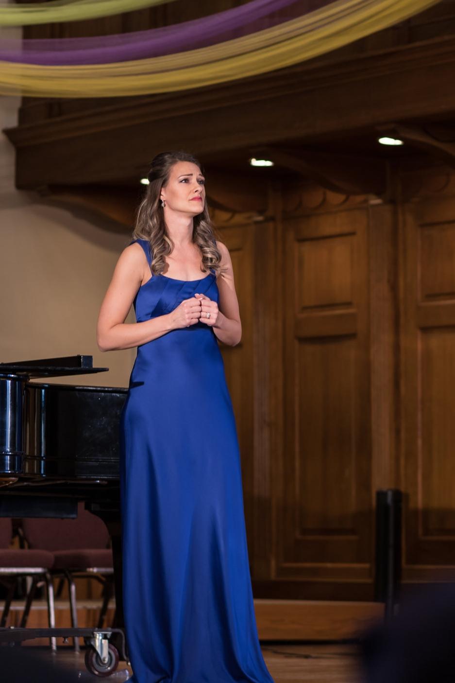 Sarah Costa, soprano