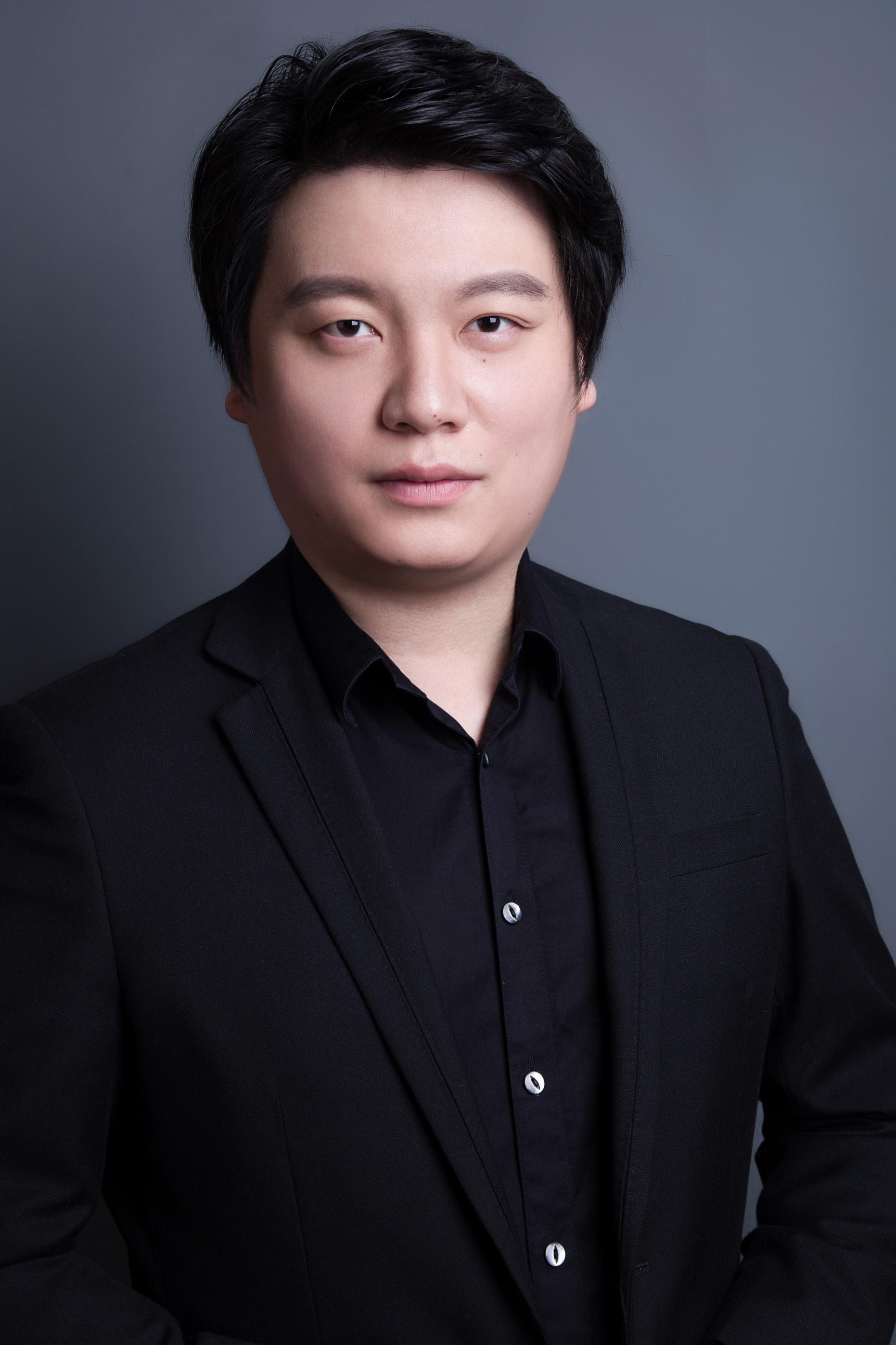 *Yongxi Chen, tenor