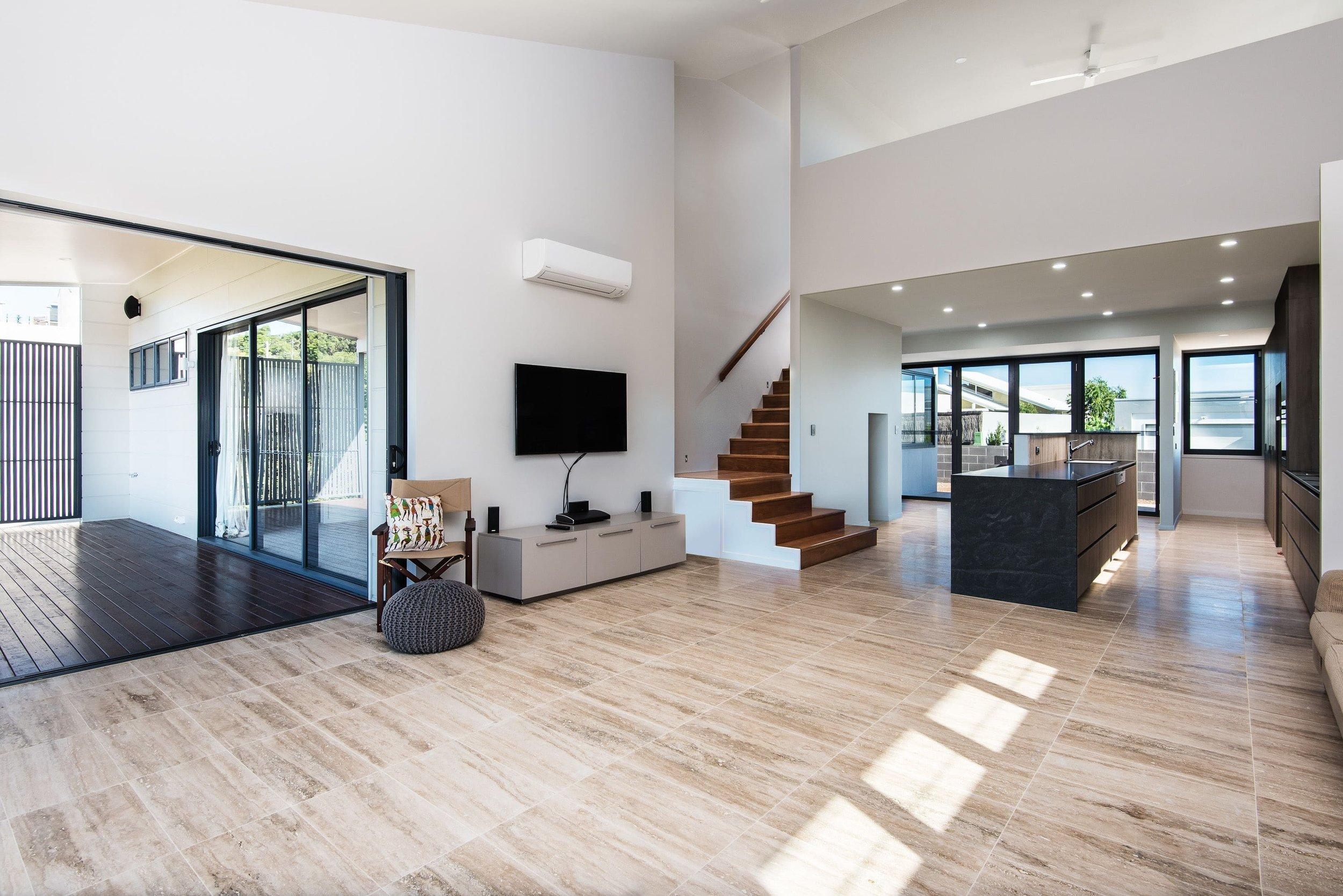 Interior1-min.jpg