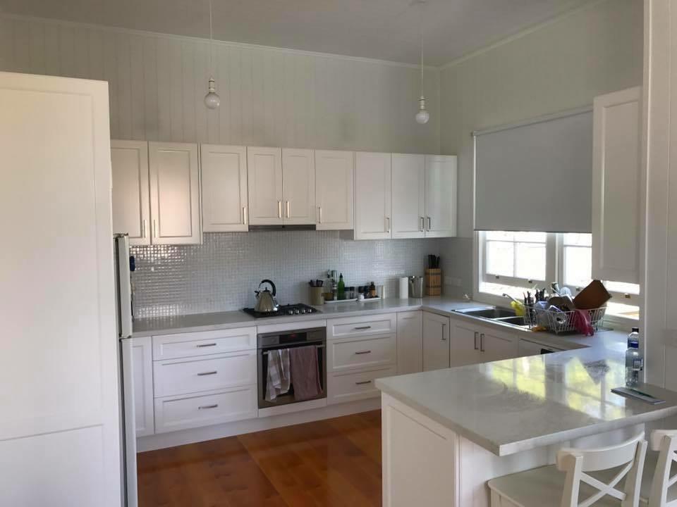 hendra kitchen.jpg
