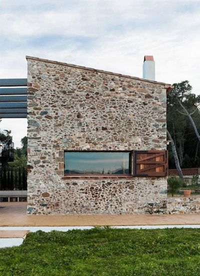 Modern Stone House.jpg