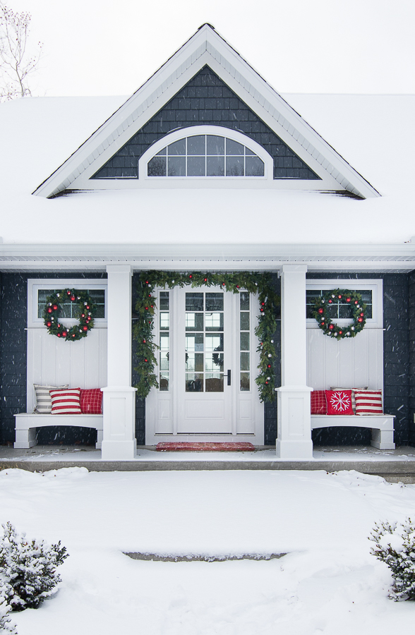 Lilypad Cottage-christmas-decor-1.jpg