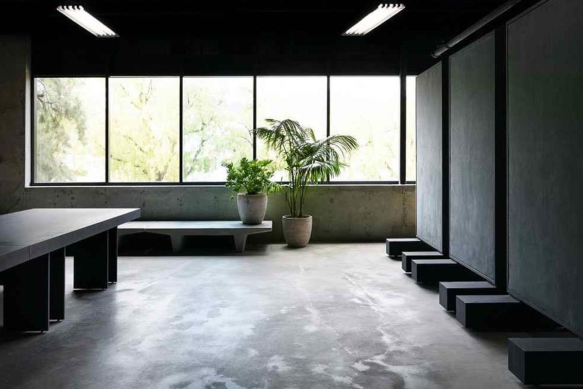 yeezy_office_0010_kanye-west-yeezy-studio-calabasas-tour-006.jpg