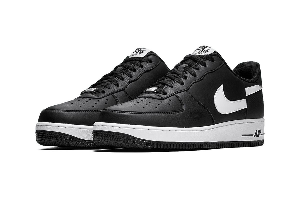 Supreme_CommeDesGarconsShirt_Nike_AirForceOne_BlackWhite_02.jpg