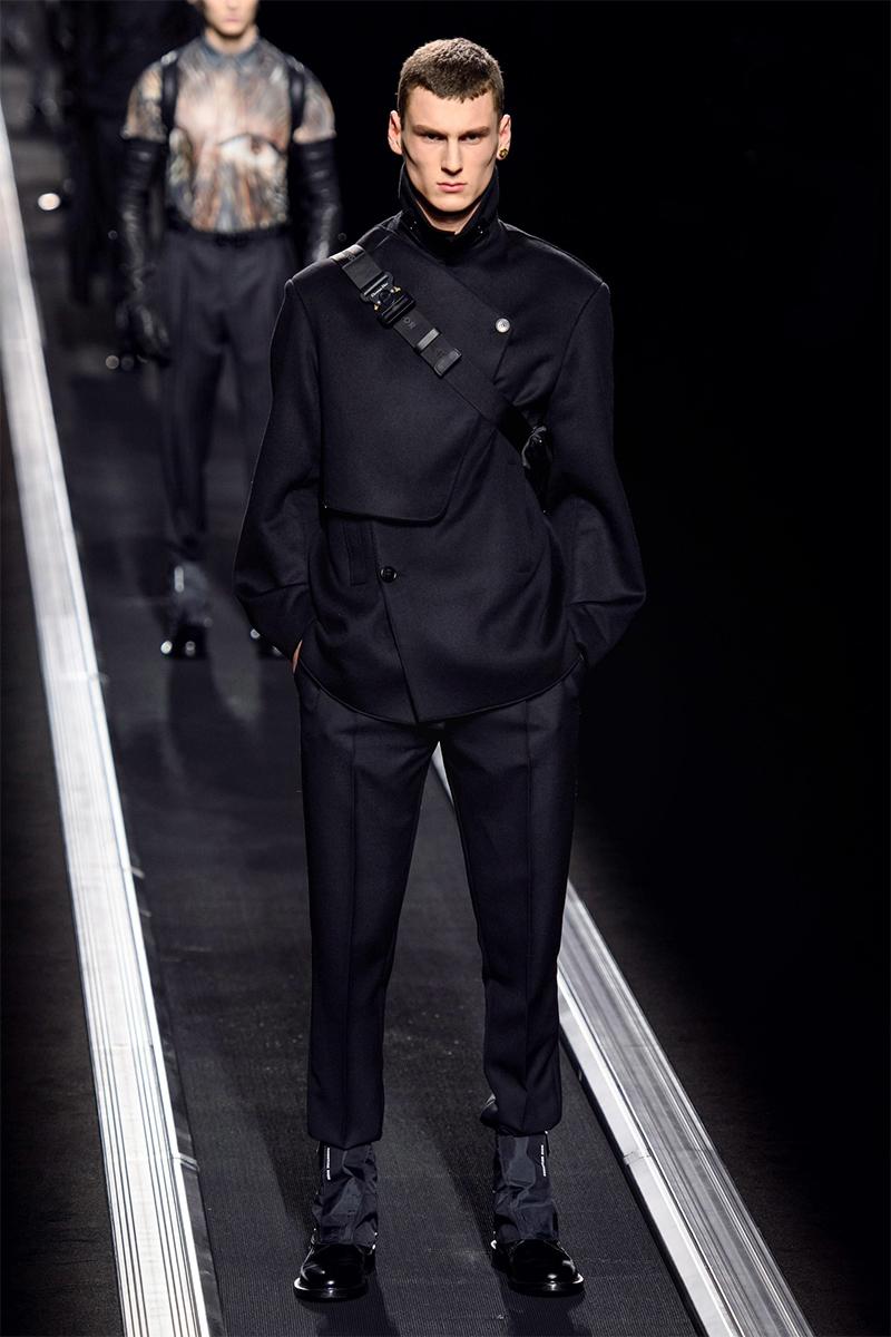 RunwayReview_Dior Homme_Menswear_FallWinter_19_By_Kim_Jones_Newspread_14.jpg