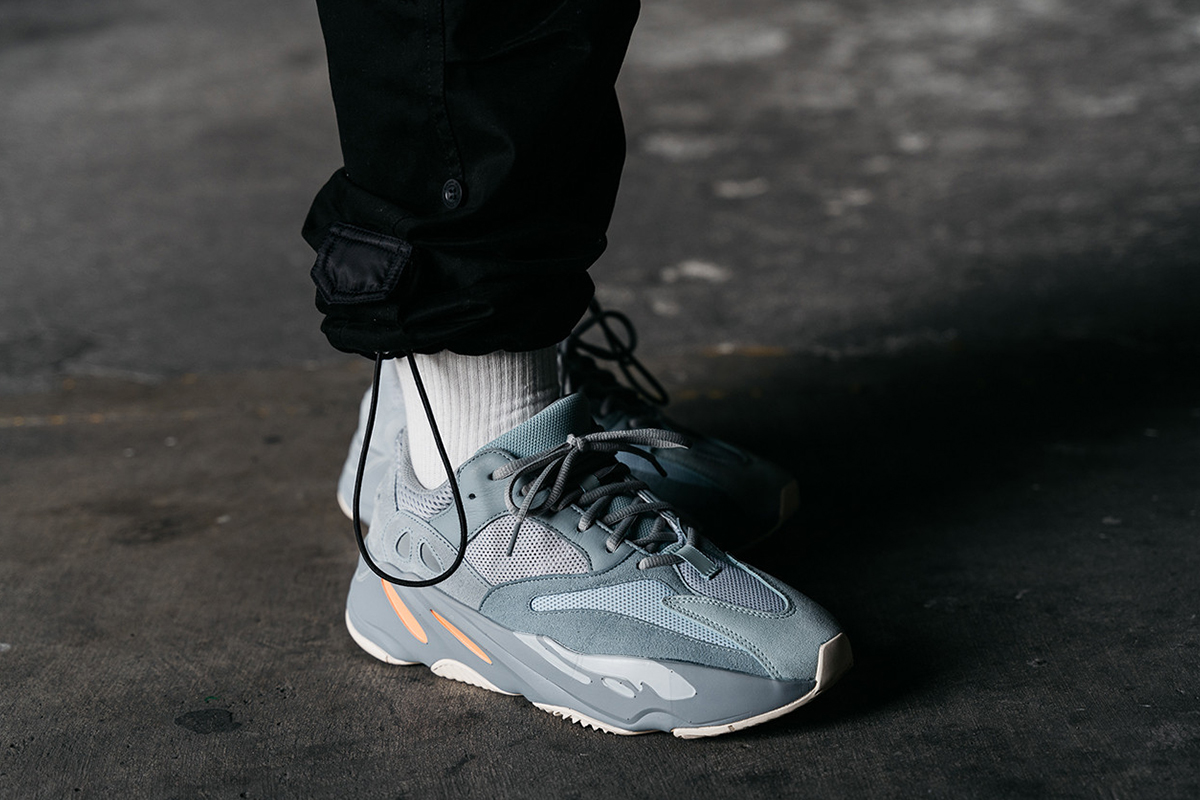 sneakers for cheap fa1ff 31a7c Adidas Yeezy Boost 700