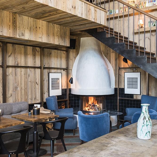 Vie Montagne - Bier Haus 1 Cafe Verbier.jpg