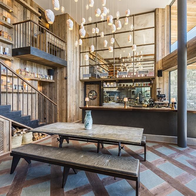 Vie Montagne - Bier Haus 2 Cafe Verbier.jpg