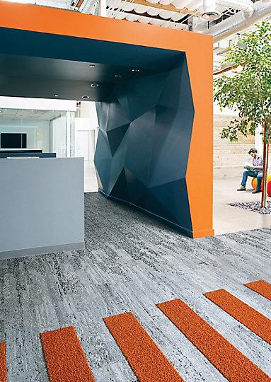 Interface-Human-Nature-Teppichfliesen-selbstliegend-Verlegungen-Office-auch-DIY-10.JPEG