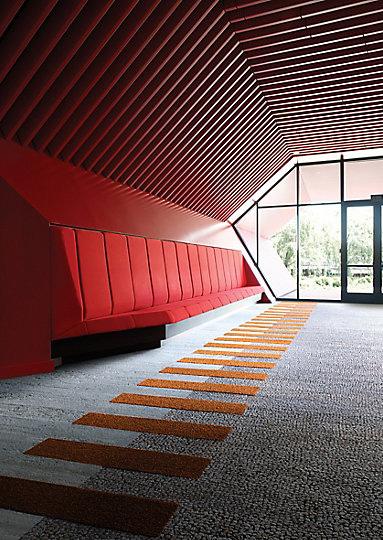 Interface-Human-Nature-Teppichfliesen-selbstliegend-Verlegungen-Office-auch-DIY-11.JPEG