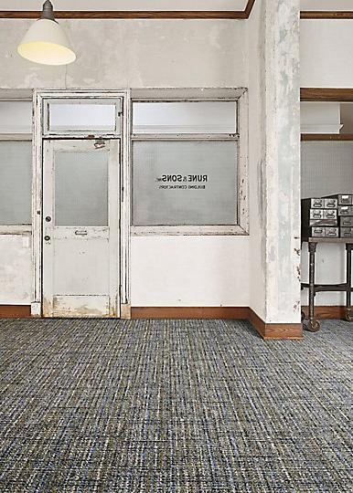 Interface-World-Woven-Teppichfliesen-selbstliegend-verlegen-Office-DIY-2.JPEG