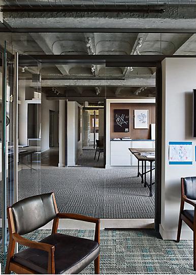 Interface-World-Woven-Teppichfliesen-selbstliegend-verlegen-Office-DIY-6.JPEG