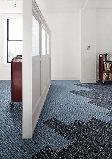 Interface-World-Woven-Teppichfliesen-selbstliegend-verlegen-Office-DIY-12.JPEG
