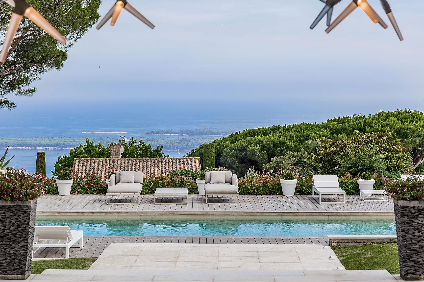 Villa-Cannes---Victor-Perez-Architecture-Photographer-04.jpg