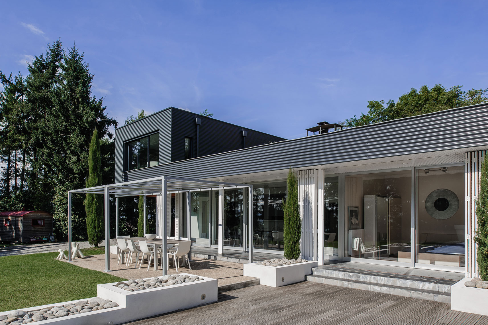 The-Metal-House---victor-perez-architecture-photographer-05.jpg