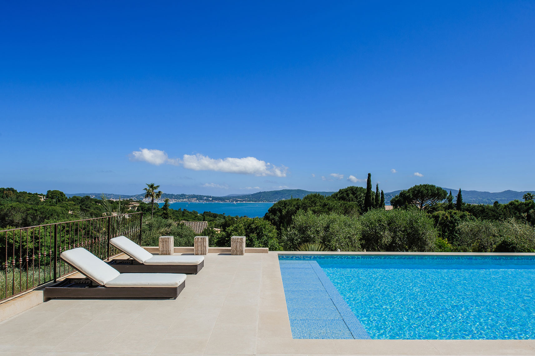 Villa-Turquoise---Victor-Perez-Architectural-Photographer-08.jpg