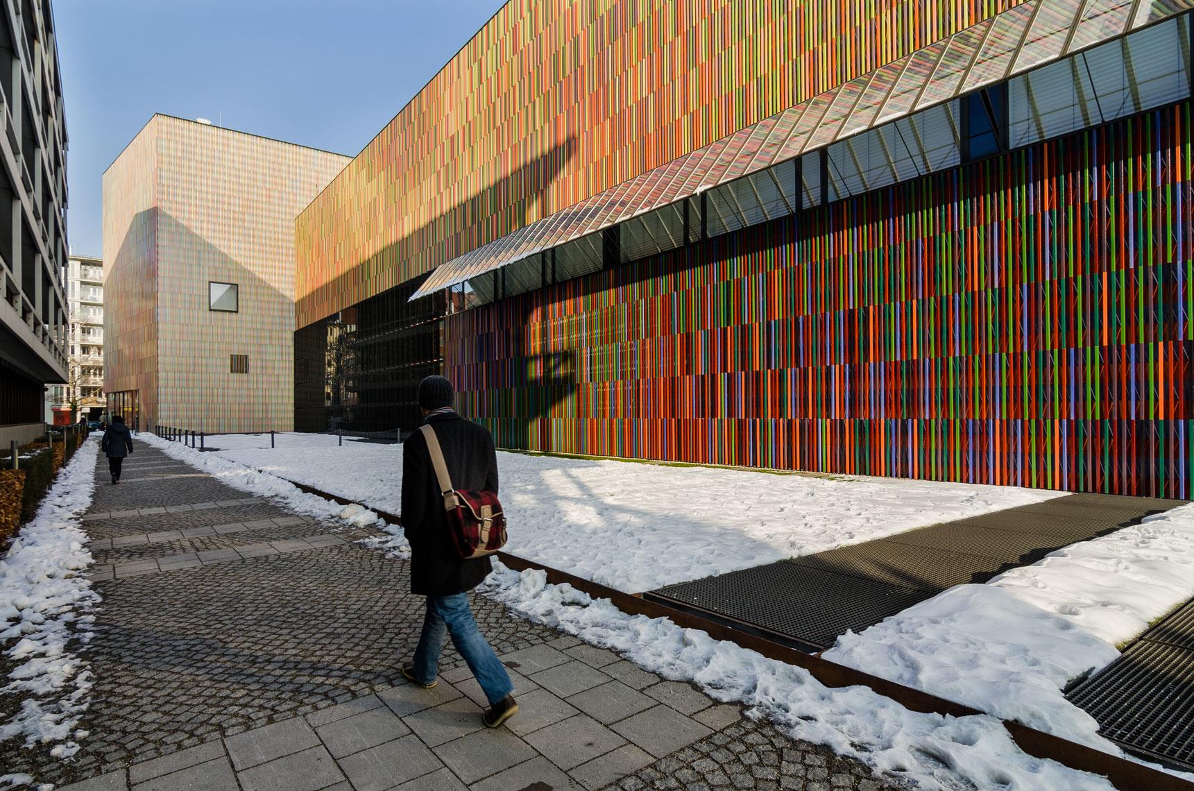 Museum-Brandhorst---Munich---victor-perez-architecture-photographer-01.jpg