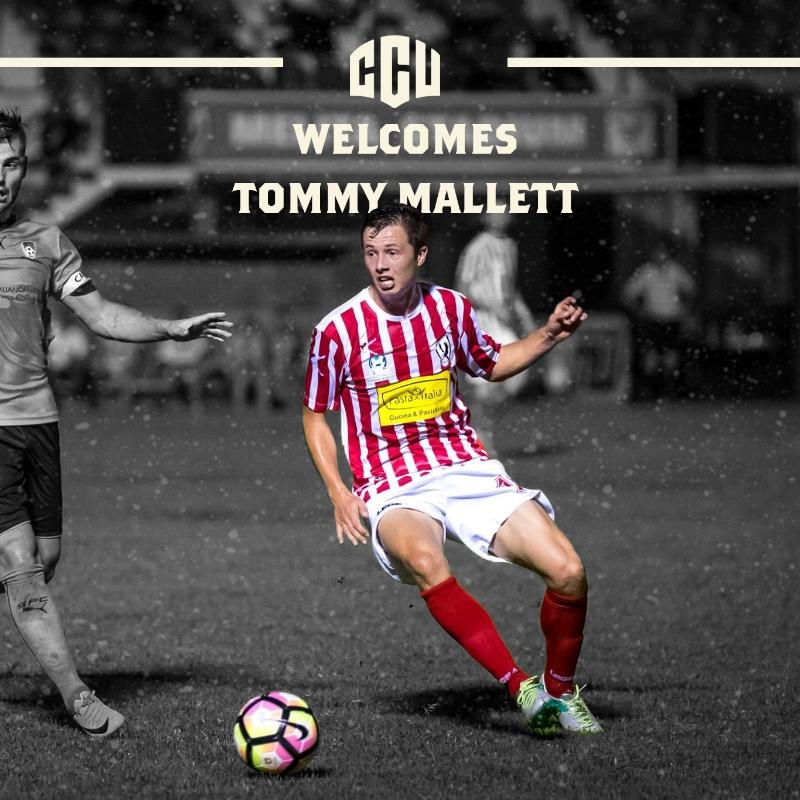 TOM MALLETT signing.jpg