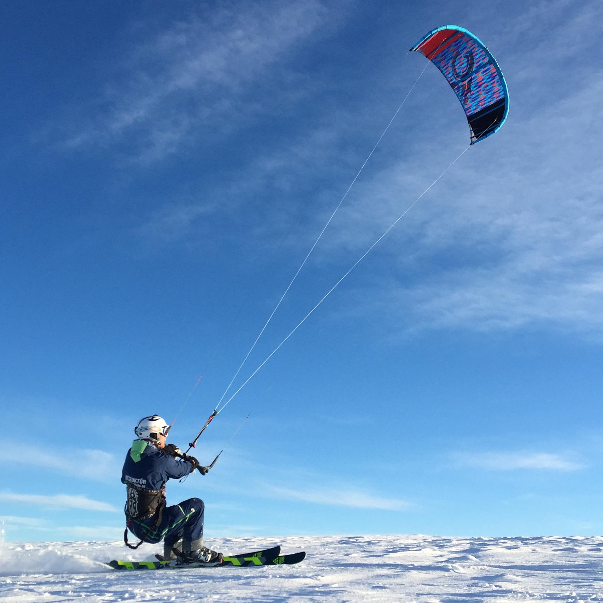 Snowkite på Högis i Sälen.jpg