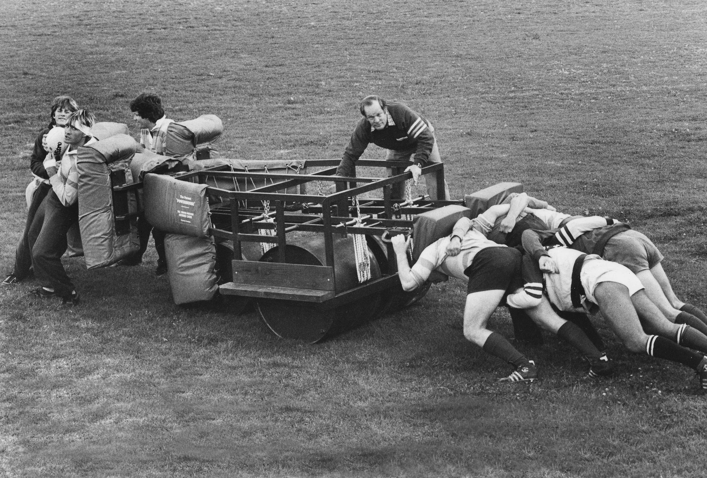 Tim Francis, inventor of the modern-day scrum machine, demonstrates the Powerhouse with the University of Cape Town in 1982