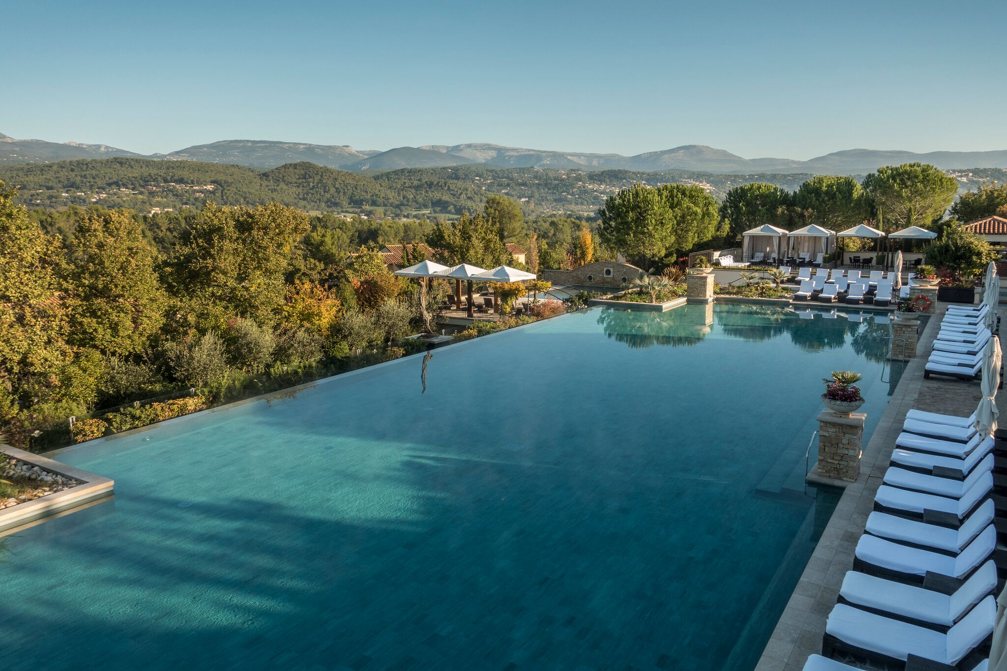 Terre Blanche Infinity Pool | Credit:Terre Blanche Hotel Spa Golf Resort