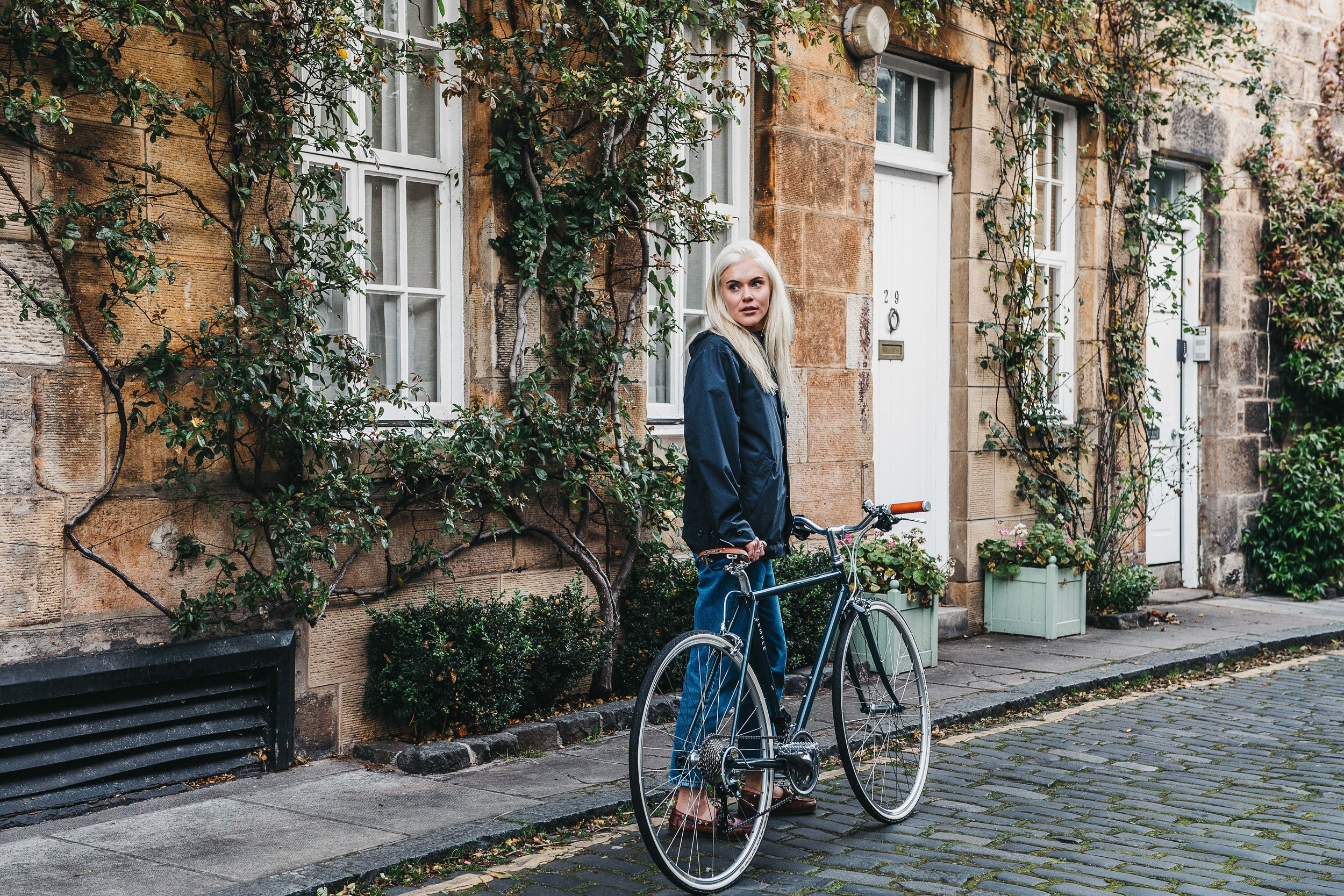 Urban+cycling+jacket+Meander+Apparel.jpg